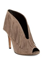 Vc Signature Yvonne Fringed Pump Gray