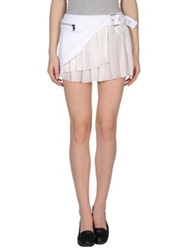 Uniqueness Mini Skirts White