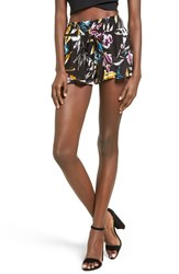 Band Of Gypsies Women's Lush Floral Print Smocked Shorts