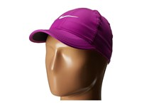 Nike Featherlight Cap Vivid Purple Black Vivid Purple White Baseball Caps Pink