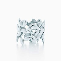 Tiffany And Co. Paloma Picasso Olive Leaf Band Ring In Sterling Silver.
