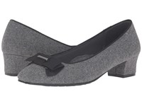 Soft Style Sharyl Grey Flannel Women's 1 2 Inch Heel Shoes Gray