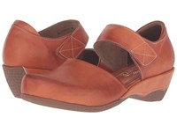 Spring Step Gloss Camel Women's Clog Mule Shoes Tan