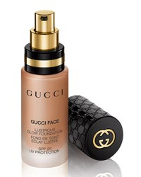 Gucci Lustrous Glow Foundation Spf 25 1.0 Oz. 130