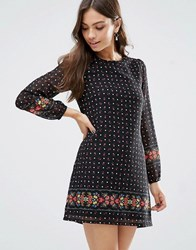 Yumi Border Print Long Sleeve Shift Dress Black