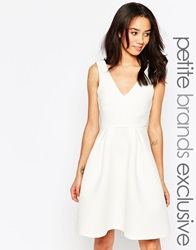 Paper Dolls Petite Plunge Front Textured Skater Dress White