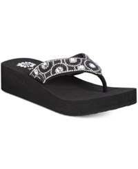 Yellow Box Power Platform Flip Flops Women's Shoes Black