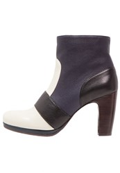 Chie Mihara Vafare Ankle Boots Leche Navy Dark Blue