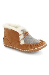 Sorel Women's Out N About Fleece Lined Moccasin Elk