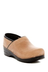 Italian Shoemakers Sawyer Clog Beige