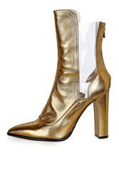 Unique Valiant Pointed Boots By Bronze