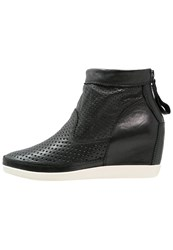 Shoe The Bear Emmy Ankle Boots Black