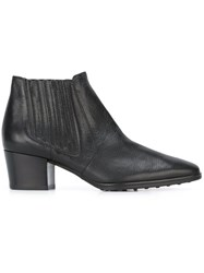 Tod's Pointed Toe Boots Black