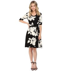 Christin Michaels Jainne Floral Sweater Dress With Belt Black Off White Women's Dress Multi