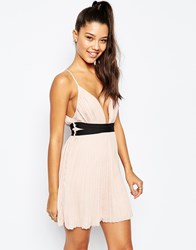 Missguided Pleated Plunge Neck Pleated Skater Dress Nude