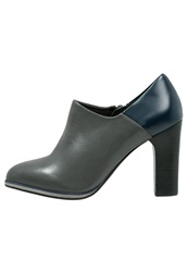 Chocolate Schubar High Heeled Ankle Boots Grey