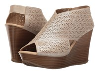 Kenneth Cole Reaction Sole Safe 2 Champagne Women's Wedge Shoes Gold