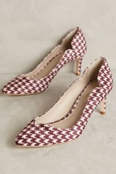 Anthropologie Guilhermina Scalloped Pumps Wine