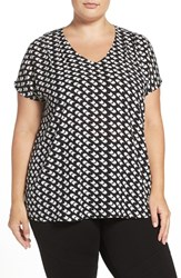 Halogenr Plus Size Women's Halogen V Neck Pleat Front Top Black Ivory Foxtrot Print