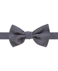 Ryan Seacrest Distinction Event Solid Pre Tied Bow Tie Navy