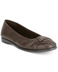 Easy Street Shoes Easy Street Giddy Flats Women's Shoes Brown