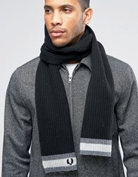 Fred Perry Tipped Scarf In Lambswool Black