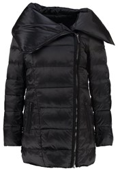 More And More Down Coat Black