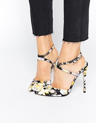 Picture Pointed High Heels Floral
