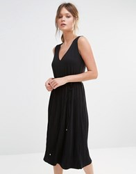 Oasis Pleated Skirt V Neck Dress Black