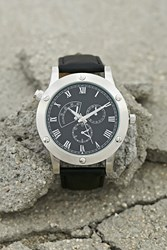 Forever 21 Men Bolted Faux Leather Watch