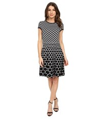 Jessica Simpson Knit Fit N Flair With Honey Comb Print Black White Women's Dress