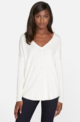 Trouve Women's Trouve 'Everyday' V Neck Sweater Ivory Cloud
