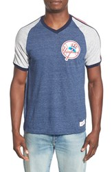 Men's Mitchell And Ness 'New York Yankees Race To The Finish' Tailored Fit Raglan Sleeve T Shirt