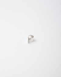 Saskia Diez Mighty Ears Earcuff Down Silver