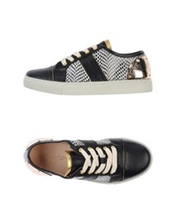 Lola Cruz Low Tops And Trainers Black