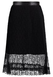 Only Onljulie Pleated Skirt Black