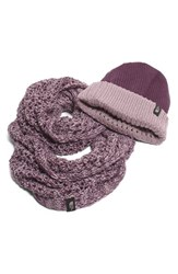 The North Face Women's Shinsky Knitting Club Boxed Infinity Scarf And Beanie