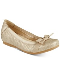 Bare Traps Maiya Hidden Wedge Flats Women's Shoes Gold