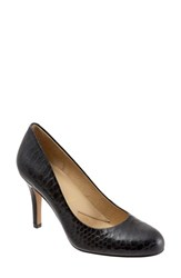Trotters Women's 'Signature Gigi' Round Toe Pump Black Snake Leather