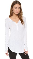 Feel The Piece Chic Henley White