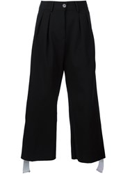 Off White Pleated Wide Leg Short Trousers Black