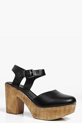 Boohoo Closed Toe Clog Mule Black