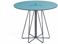 Knoll Paperclip Outdoor Round Table
