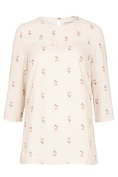 Sugarhill Boutique Mara Heart Flower Top Cream