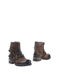 Thompson Ankle Boots Dark Brown