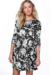 Boohoo Floral Swing Dress Black