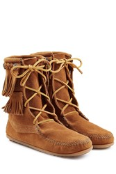 Minnetonka Double Fringe Tramper Suede Boots With Studs Gr. 9