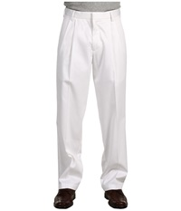 Dockers Signature Khaki D3 Classic Fit Pleated White Men's Casual Pants