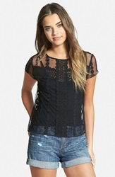 Hinge Embroidered Lace Tee Black