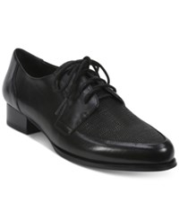 Tahari Leeza Lace Up Oxfords Women's Shoes Black